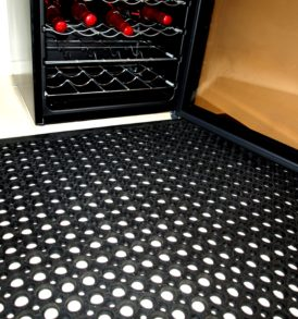 VIP Ecomat - Black for wet areas